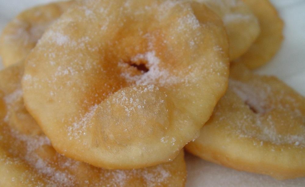 Tortas fritas con azúcar